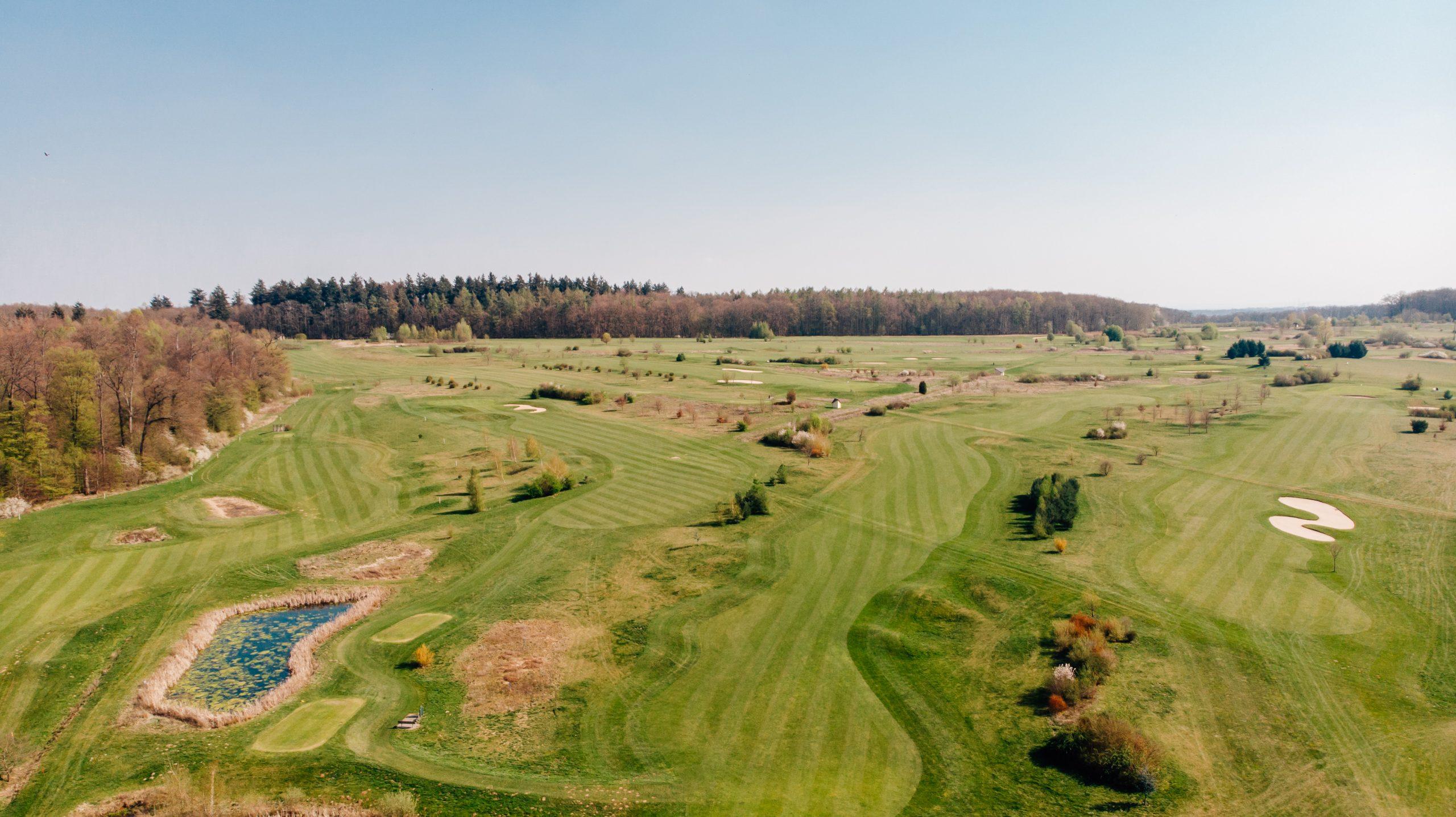 draufblick-golfplatz-altenstadt